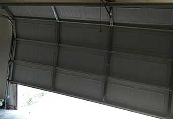 Garage Door Off Track | Elwood | Garage Door Repair Huntington Station, NY